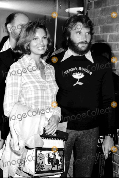 Raquel Welch Photo - Raquel Welch with Ron Talsky at SD Guild Prewiew 5301973 9465 Photo by Phil RoachipolGlobe Photos Inc