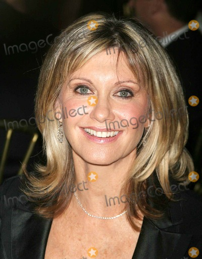 Olivia Newton-John Photo - Tribute to Olivia Newton-john at the  One World One Child  Benefit at the Plaza Hotel in New York City 11112004 Photo Byjohn BarrettGlobe Photos Inc 2004 Olivia Newton-john
