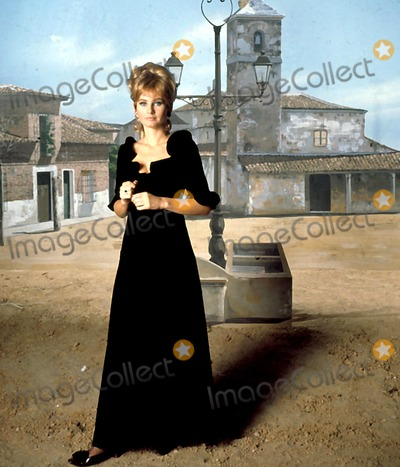Jill Ireland Photo - Jill Ireland V7562a Globe Photos Inc Obit