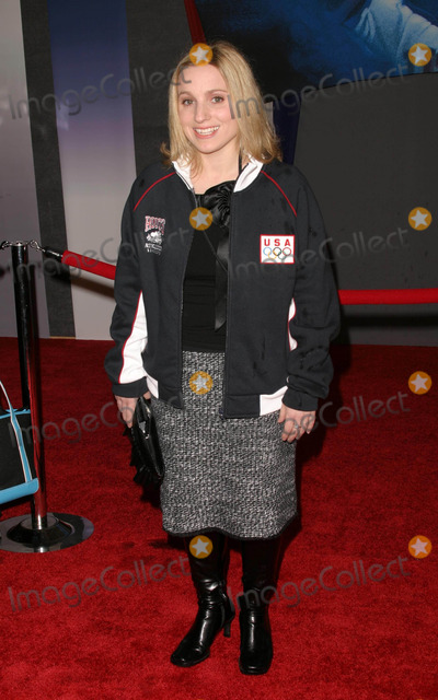 Kerri Strug Photo - Miracle World Premiere at the El Capitan Theatre in Hollywood California 02022004 Photo by Kathryn IndiekGlobe Photos Inc 2004 Kerri Strug