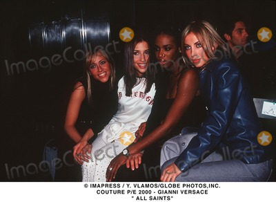 Gianni Versace Photo - Imapress  Y VlamosGlobe Photosinc Couture Pe 2000 - Gianni Versace  All Saints