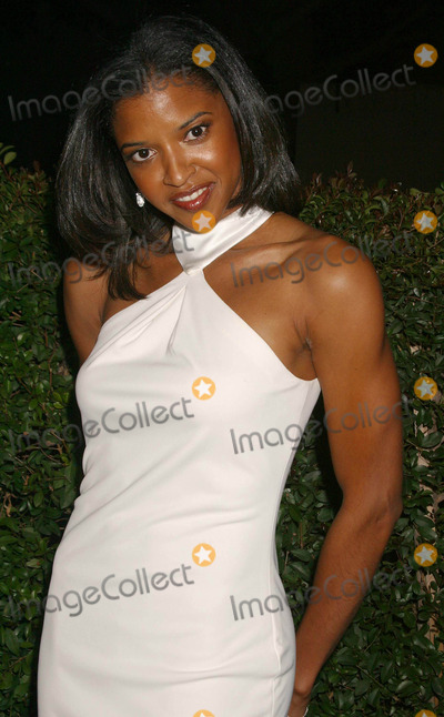 Renee Goldsberry Photo - 35th Annual Naacp Image Awards-arrivals at Universal Amphitheatre Universal City California 030604 Photo by Clinton H WallaceipolGlobe Photos Inc2004 Renee Elise Goldsberry
