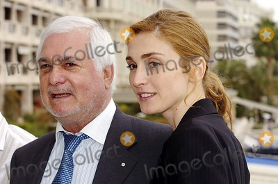 Julie Gayet Photo - Miptv Cannes 04-13-2005 Photo Laurent Loiseau-omedias-Globe Photos Inc 2005 Julie Gayet Jean Claude Brialy
