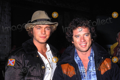 John Schneider Photo - John Schneider Tom Wopat 1983 Photo by Michelson-Globe Photos