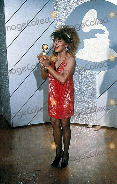 Tina Turner Photo - Tina Turner at the Grammys Awards 1985 13577 Photo by Bob Michelson-Globe Photos Inc