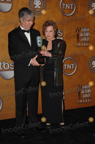 Shirley Temple Photo - 12th Annual Screen Actors Guild Awards Press Room at the Shrine Auditorium Los Angeles CA 1292006 Photo by Fitzroy Barrett  Globe Photos Inc 2006 Shirley Temple Black and Her Son Charles Black Jr