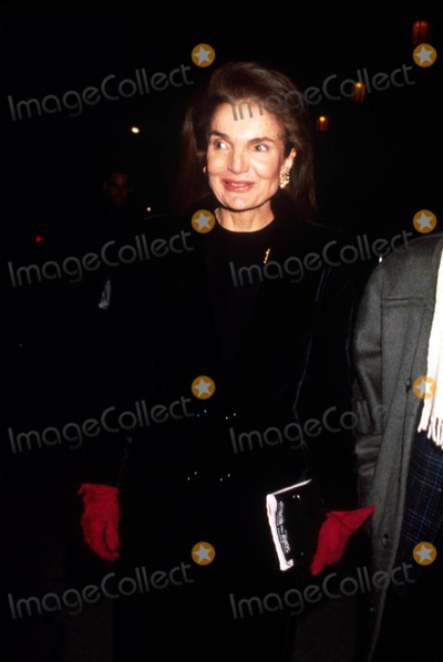 Jacqueline Kennedy Onassis Photo - Jacqueline Kennedy Onassis F9358 Photo by Michael FergusonGlobe Photos Inc 1990 Jacquelinekennedyonassisretro