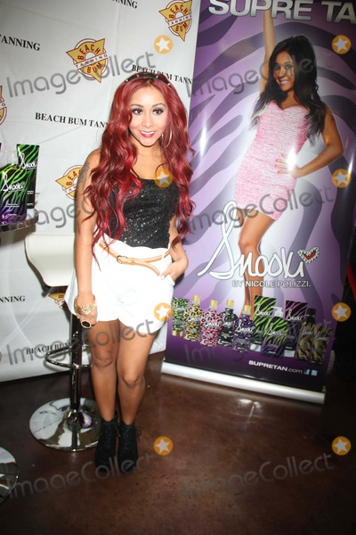 Nicole Snooki Polizzi Photo - Nicolesnookipolizzi Is Very Skinny Now attends the Snooki Supre Tan Restore the Shore a Portion of Sales Will Be Donated to Hurricane Sandy Relief Efforts at Beach Bum Tanning West Saddle Brook NJ Photo by John BarrettGlobe Photo