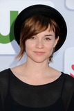 Renee-Felice Smith Photo 2