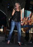 Sarah Darling Photo 2