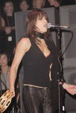 Gina Gershon Photo 2