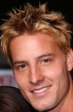 Justin Hartley Photo 2