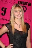 Taylor Spreitler Photo 2