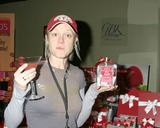Teri Polo,FRIARS CLUB Photo - GBK Productions Golden Globe Gifting Suite Day 3