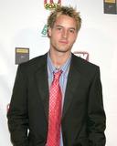 Justin Hartley Photo 2