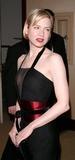 Renee Zellweger Photo - Photo by Tim GoodwinSTAR MAX Inc - copyright 20033103Renee Zellweger at the 2003 DGA Awards(Los Angeles CA)