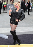 Suzanne Shaw,THE ROCK Photo - Rock Of Ages Premiere