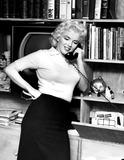 Marilyn Monroe Photos - Marilyn Monroe Supplied by Globe Photos Inc Marilynmonroeretro