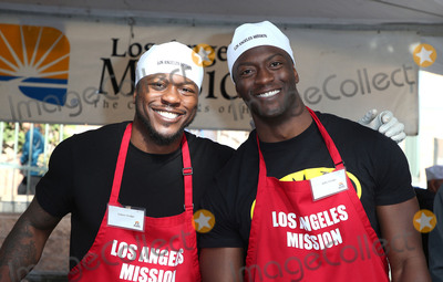 Aldis Hodge Photo - 22 December 2017 - Los Angeles California - Edwin Hodge Aldis Hodge 2017 Los Angeles Mission Christmas Meal for the Homeless Photo Credit F SadouAdMedia