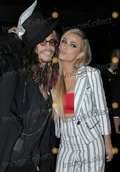 Carmen Electra Photo - 17 February 2019 - Hollywood California - Steven Tyler and Carmen Electra 5th Annual Hollywood Beauty Awards held at The Avalon Photo Credit Faye SadouAdMedia