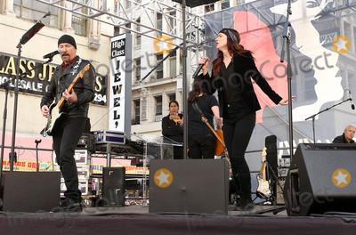U 2 Photo - 21 January 2017 - Los Angeles California - U2 s The Edge Juliette Lewis Womens March in Los Angeles California Photo Credit F SadouAdMedia
