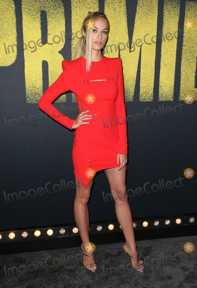 Alexis Knapp Photo - 11 December 2017 - Hollywood California - Alexis Knapp Pitch Perfect 3 Los Angeles Premiere held at Dolby Theatre Photo Credit F SadouAdMedia
