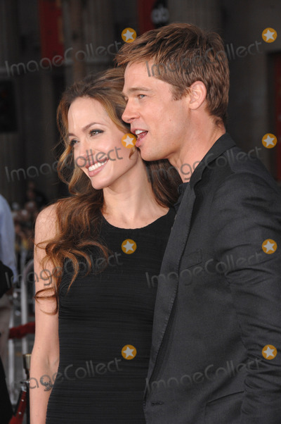 Graumans Chinese Theatre Photo - 20 September 2016 - Los Angeles CA - Angelina Jolie Pitt has filed for divorce from Brad Pitt Jolie Pitt 41 filed legal docs Monday citing irreconcilable differences Jolie Pitt requested physical custody of the couples shared six children  Maddox Pax Zahara Shiloh Vivienne and Knox  asking for Pitt to be granted visitation citing legal documents File Photo 06 June 2007 - Los Angeles CA - Brad Pitt  Angelina Jolie Oceans Thirteen premiere at Graumans Chinese Theatre Hollywood Photo Credit JaguarAdMedia
