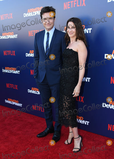 Arrested Development Photo - 17 May 2018 - Hollywood California - Jason Bateman Amanda Anka Netflixs Arrested Development Season 5 Premiere held at Netflix FYSee Theater Photo Credit Birdie ThompsonAdMedia