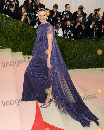 Agyness Deyn Photo - 02 May 2016 - New York New York- Agyness Deyn  Metropolitan Museum of Art Costume Institute Gala Manus x Machina Fashion in the Age of Technology Photo Credit Christopher SmithAdMedia