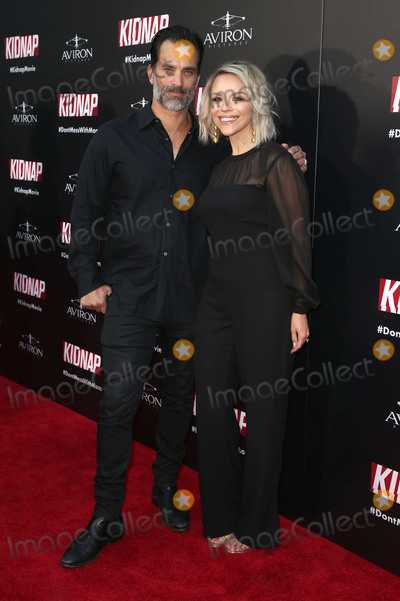 Johnathon Schaech Photo - 31 July 2017 - Hollywood California - Johnathon Schaech Julie Solomon Kidnap Los Angeles premiere held at Arclight Hollywood in Hollywood Photo Credit F SadouAdMedia
