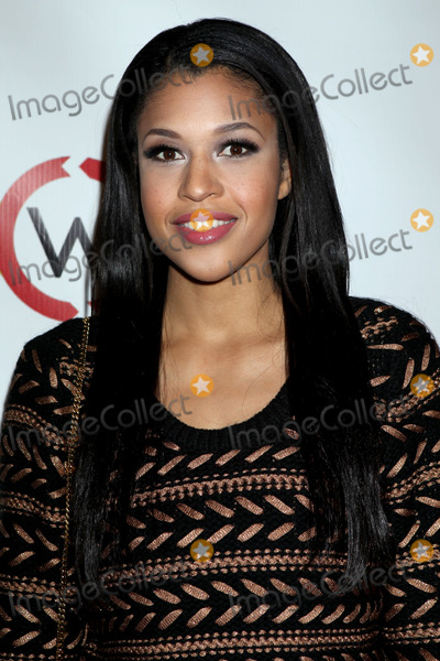 Kali Hawk Photo - 14 November 2012 - West Hollywood California - Kali Hawk Opening Of Kimberly Snyders Glow Bio held at Glow Bio Photo Credit Russ ElliotAdMedia