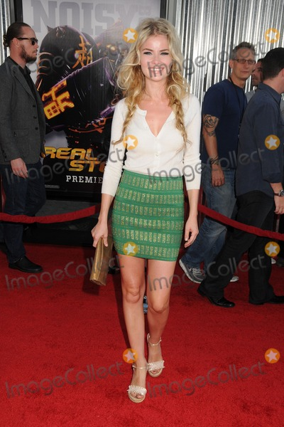 Anita Briem Photo - 2 October 2011 - Universal City California - Anita Briem-Paraskevopoulos Real Steel Los Angeles Premiere held at Universal Gibson Amphitheatre Photo Credit Byron PurvisAdMedia