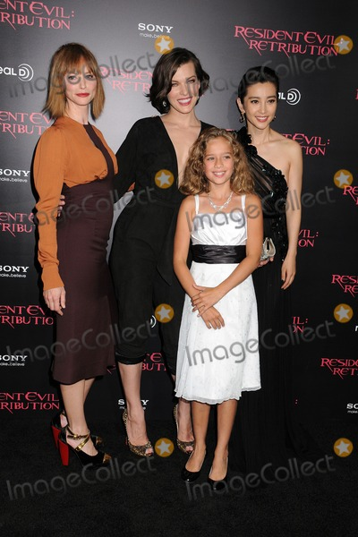 Aryana Engineer Photo - 12 September 2012 - Los Angeles California - Sienna Guillory Aryana Engineer Milla Jovovich Li Bingbing Resident Evil Retribution Los Angeles Premiere held at Regal Cinemas LA Live Photo Credit Byron PurvisAdMedia