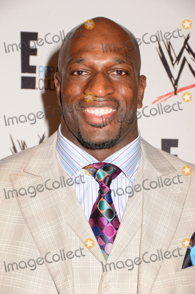 Titus ONeil Photo - 15 August 2013 - Beverly Hills Ca - Titus ONeil WWE  E Entertainments SuperStars For Hope supporting Make-A-Wish at The Beverly Hills Hotel in Beverly Hills Ca Photo Credit BirdieThompsonAdMedia