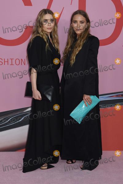 Mary-Kate Olsen Photo - 03 June 2019 - New York New York - Ashley Olsen and Mary-Kate Olsen 2019 CFDA Awards held at the Brooklyn Museum Photo Credit LJ FotosAdMedia