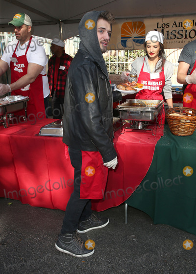 Alice Greczyn Photo - 22 December 2017 - Los Angeles California - Brandon Tyler Russell Alice Greczyn 2017 Los Angeles Mission Christmas Meal for the Homeless Photo Credit F SadouAdMedia