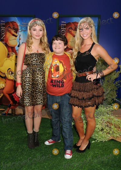 Alexandria Deberry Photo - 27 August 2011 - Hollywood California - Stefanie Scott Aedin Mincks and Alexandria Deberry The Lion King 3D Los Angeles Premiere held at The El Capitan Theatre Photo Credit Byron PurvisAdMedia