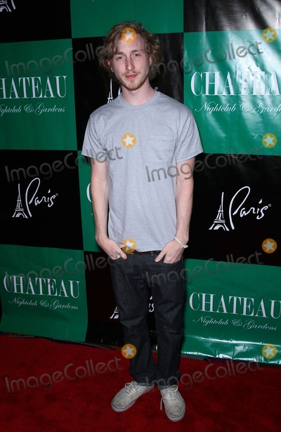 Kiowa Gordon Photo - 26 March 2011 - Las Vegas Nevada - Asher Roth  Stephen Dorff Tinsel Korey and Kiowa Gordon will host the night with a special performance by Asher Roth at Chateau Nightclub and Gardens at Paris Las Vegas Photo MJTAdMedia