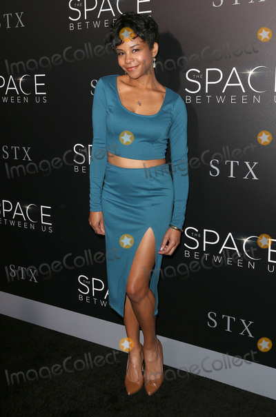 Aasha Davis Photo - 17 January 2017 - Hollywood California - Aasha Davis The Space Between Us Los Angeles Premiere held ArcLight Hollywood Photo Credit F SadouAdMedia