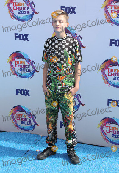 Avi Angel Photo - 11 August 2019 - Hermosa Beach California - Avi Angel FOXs Teen Choice Awards 2019 held at Hermosa Beach Pier Photo Credit PMAAdMedia