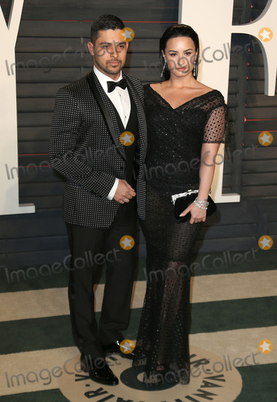 DEMI  LOVATO Photo - 28 February 2016 - Beverly Hills California - Wilmer Valderrama Demi Lovato 2016 Vanity Fair Oscar Party hosted by Graydon Carter following the 88th Academy Awards held at the Wallis Annenberg Center for the Performing Arts Photo Credit Byron PurvisAdMedia