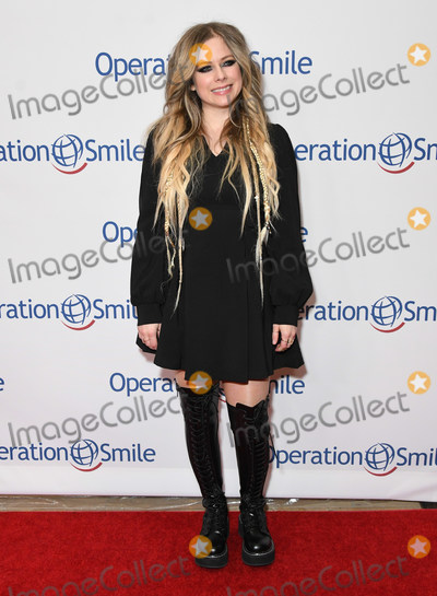 Avril Lavigne Photo - 06 November 2019 - Beverly Hills California - Avril Lavigne Operation Smile Hollywood Fight Night held at Beverly Hilton Hotel Photo Credit Birdie ThompsonAdMedia