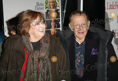 Jerry Stiller Photo - 15 December 2010 - New York NY - Anne Meara and Jerry Stiller  The world premiere of Little Fockers at Ziegfeld Theatre on December 15 2010 in New York City Photo Paul ZimmermanAdMedia