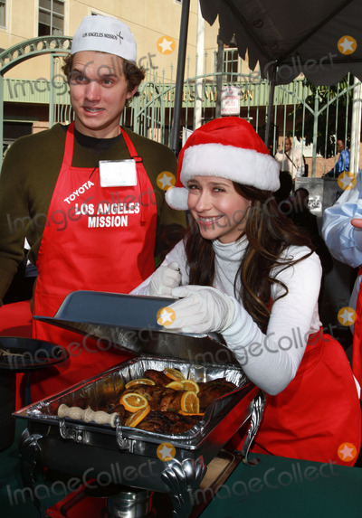 Alex Beh Photo - 24 December 2010 - Los Angeles CA - Jennifer Love Hewitt Alex Beh Christmas Eve For Homeless Served at Los Angeles Mission held At The Los Angeles Mission Photo Kevan BrooksAdMedia