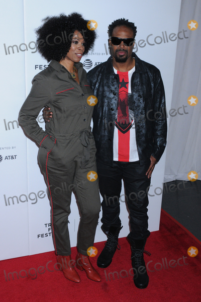 Shawn Wayans Photo - Kim Wayans and Shawn Wayans at the Tribeca TV IN LIVING COLOR 25th Anniversary Reunion at the 2019 Tribeca Film Festival held at Spring Studios in Tribeca in New York New York USA 27 April 2019