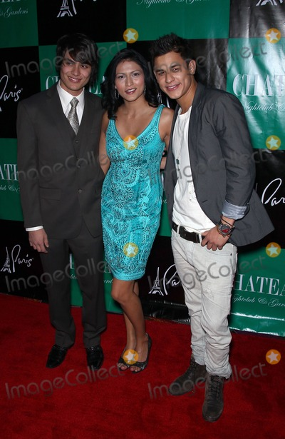 Kiowa Gordon Photo - 26 March 2011 - Las Vegas Nevada - Kiowa Gordon Tinsel Korey and Bronson Pelletier  Stephen Dorff Tinsel Korey and Kiowa Gordon will host the night with a special performance by Asher Roth at Chateau Nightclub and Gardens at Paris Las Vegas  Photo Credit MJTAdMedia