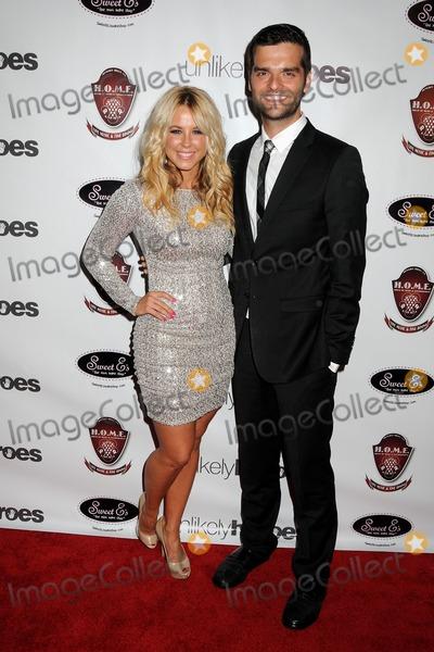 Mark Ballas e Chelsie Hightower dating collegare GoPro per iPhone