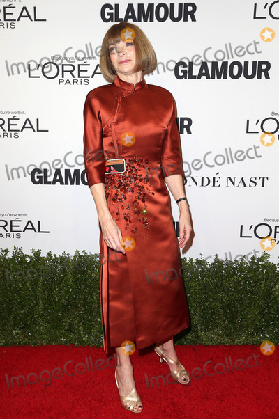 Anna Wintour Photo - 14 November 2016 - Los Angeles California - Anna Wintour Glamour Women Of The Year 2016 held at NeueHouse Hollywood Photo Credit AdMedia
