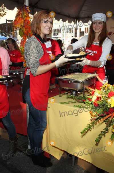 Andrea Bowen Photo - 27 November 2013 - Los Angeles California - Andrea Bowen Sarah Rafferty LA Mission Thanksgiving For The Homeless Held at Raleigh Studios Photo Credit Kevan BrooksAdMedia