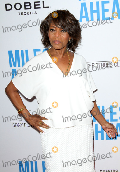 Alfre Woodard Photo - 29 March 2016 - Beverly Hills California - Alfre Woodard Premiere of Sony Pictures Classics Miles Ahead held at the Writers Guild Theater Photo Credit AdMedia